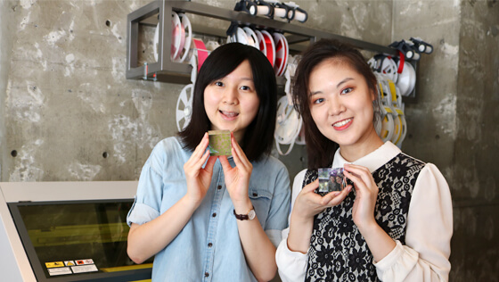 Two senior students, King Yuk Chiu (left) and Jinyu Wang (right), from the University of Michigan at FabCafe Tokyo.