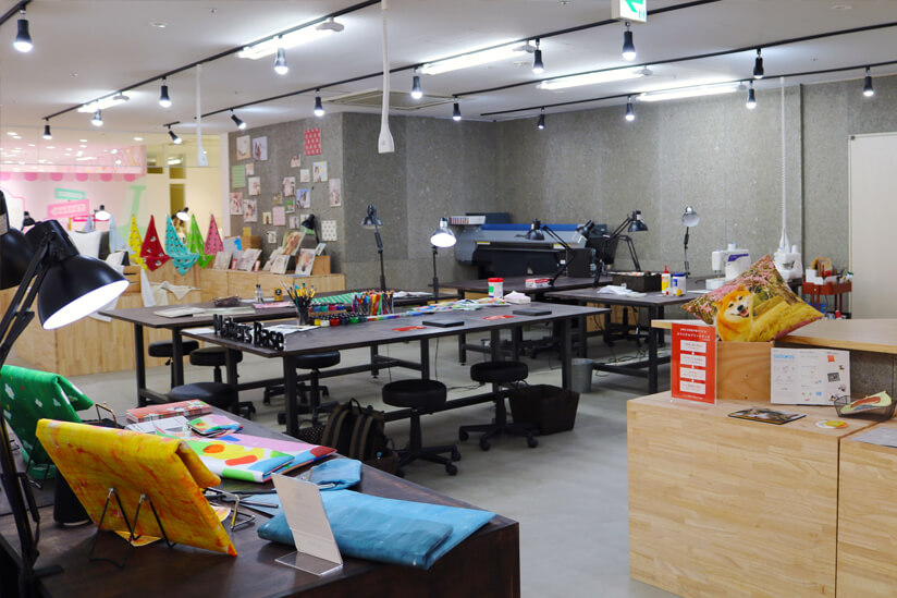 Makers' Base Chibaの店内