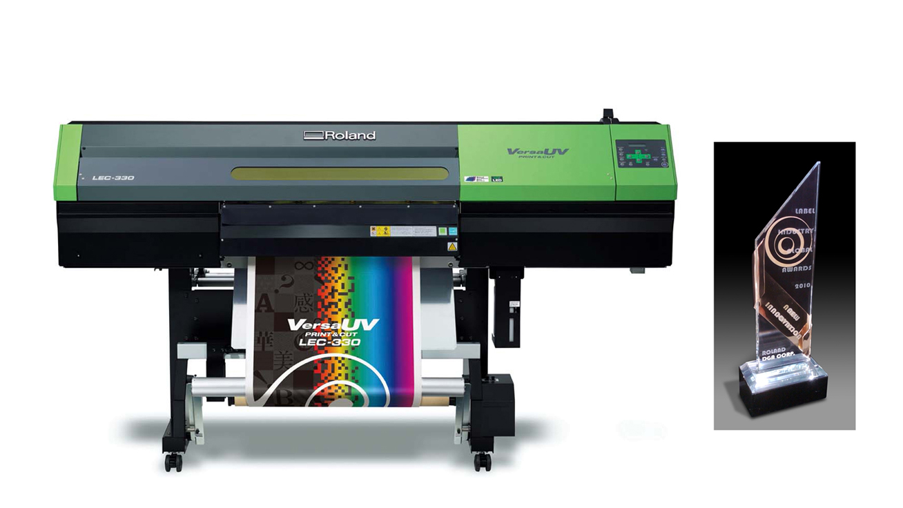 VersaUV wide-format UV-LED inkjet printer/cutter and the trophy of 2010 Label Industry Global Award for New Innovation
