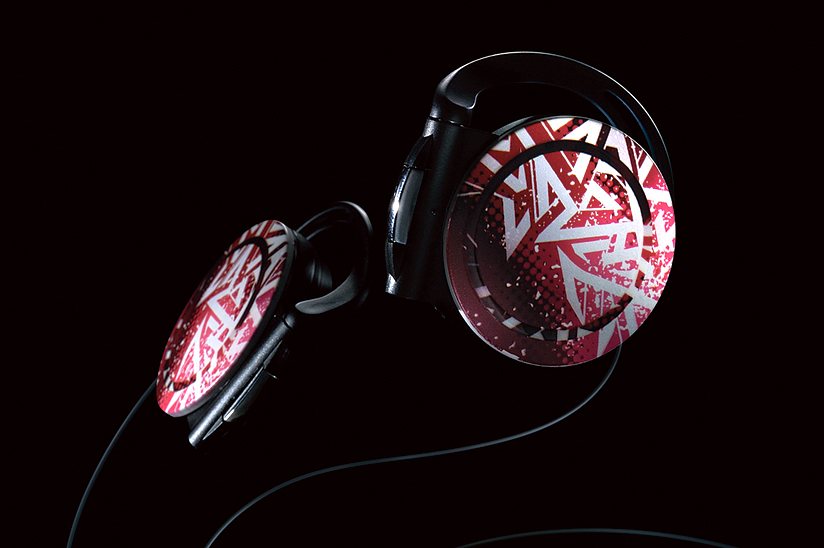 Decorated headphones