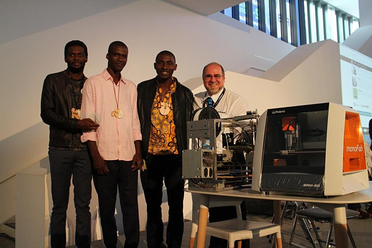 WOELAB members presented with  Roland 3D milling machine