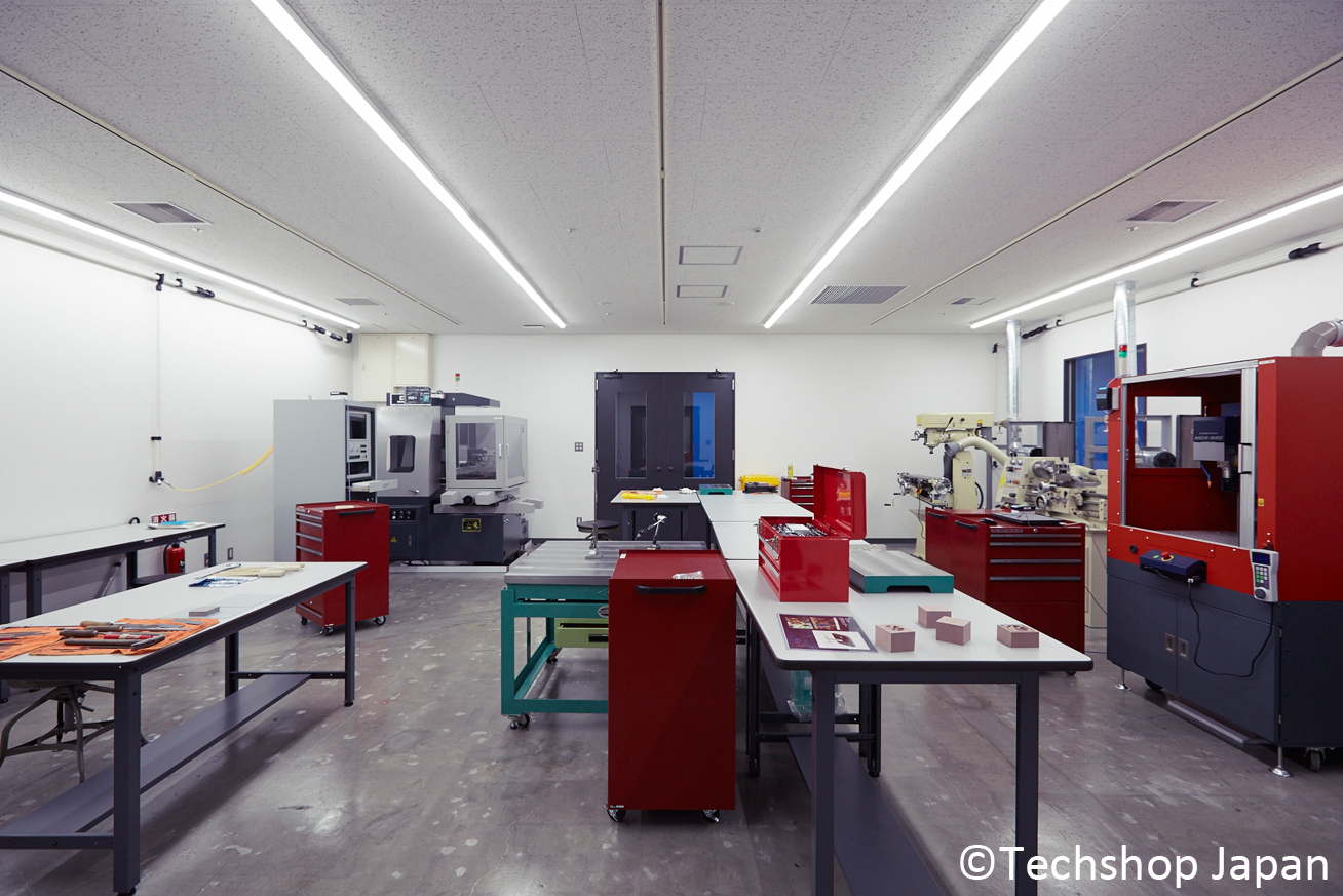 Dedicated space for milling in TechShop Tokyo