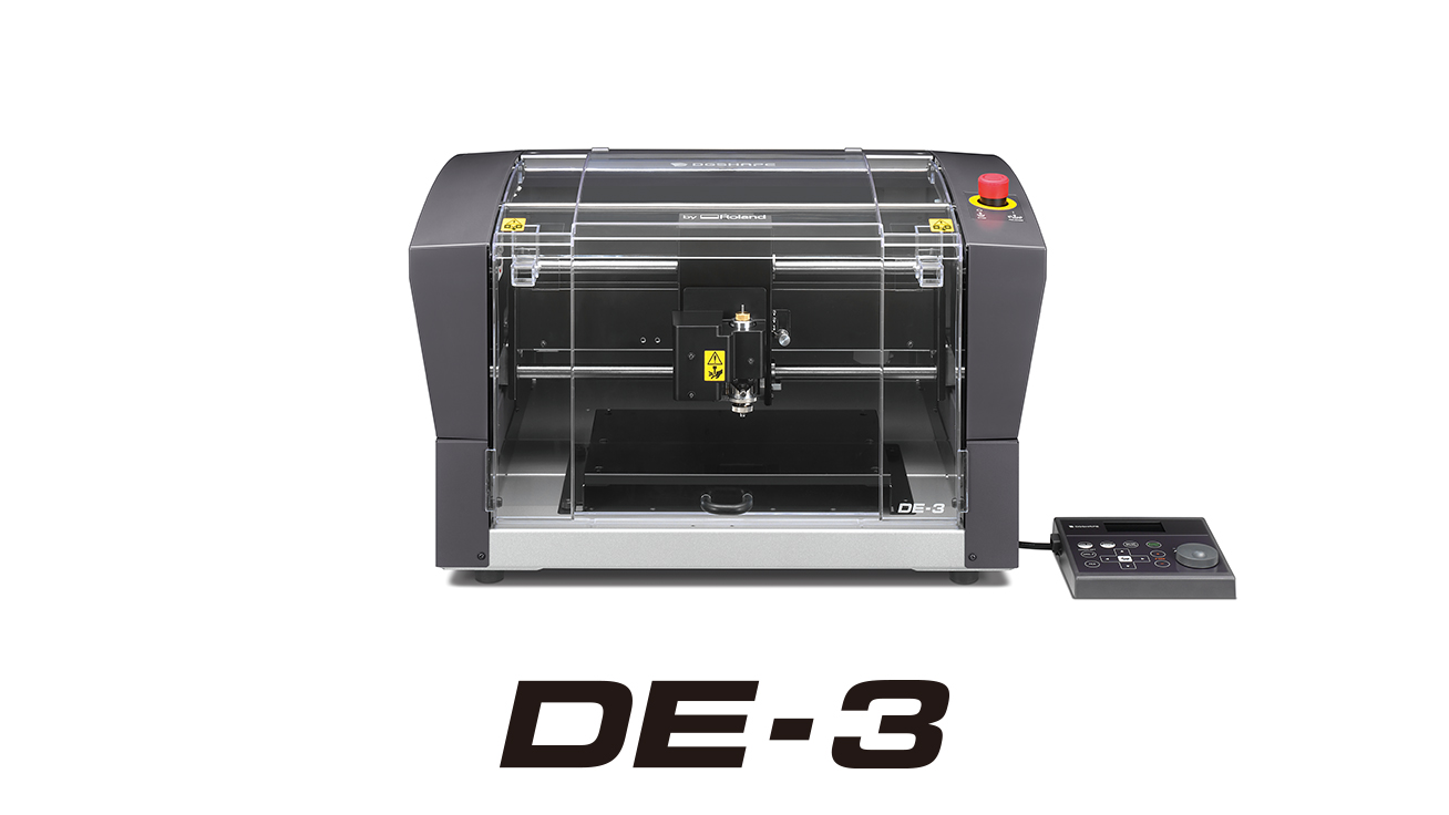 The DE-3 easily produces popular engraving applications in a variety of materials